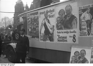Interbellum - NSDAP Bron: www.evangelischer-widerstand.de